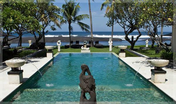 Enjoy beautiful pools at Ylang Ylang Beach Resort in Montezuma.